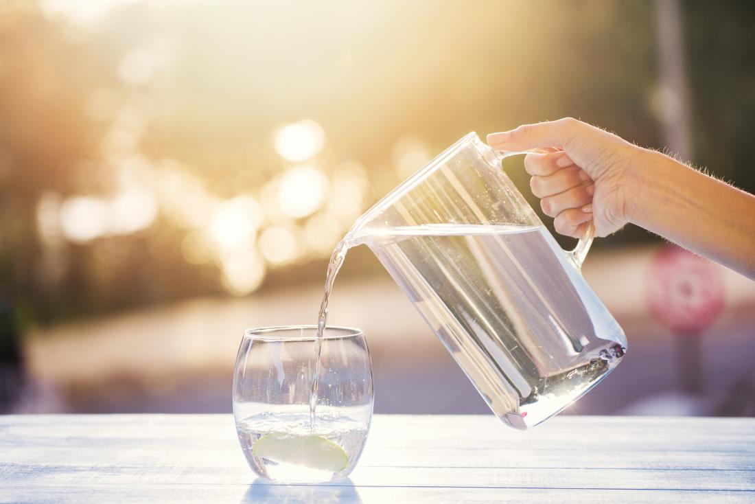 cuanta-agua-debemos-consumir-dia